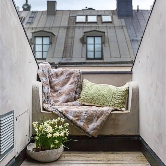 small balcony designs 15