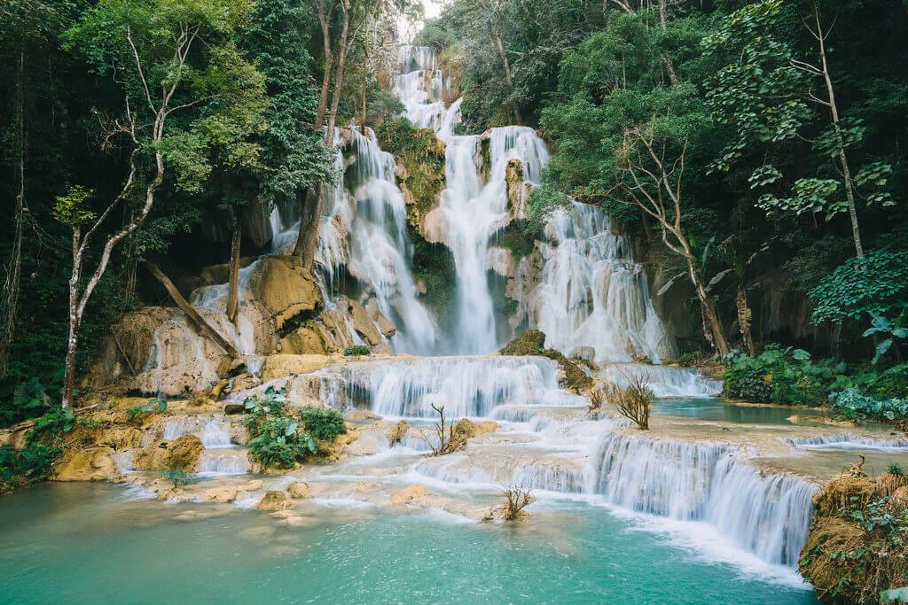 Trekking the '100 waterfalls'