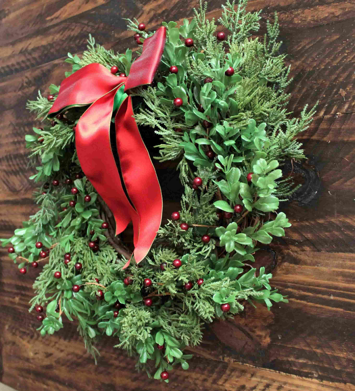 Modern Artificial Christmas Wreaths