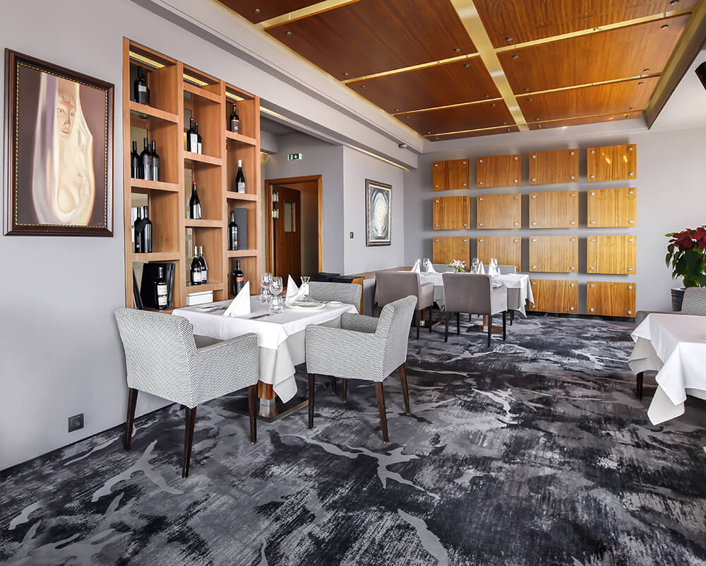 Best Commercial Flooring Types For Restaurant Or Bar Live Enhanced