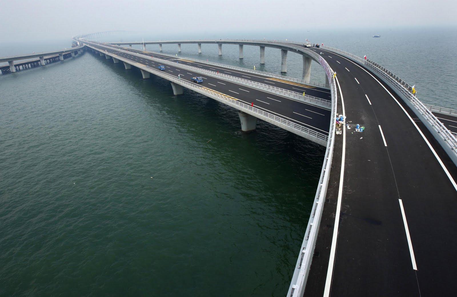 The Danyang–Kunshan Grand Bridge