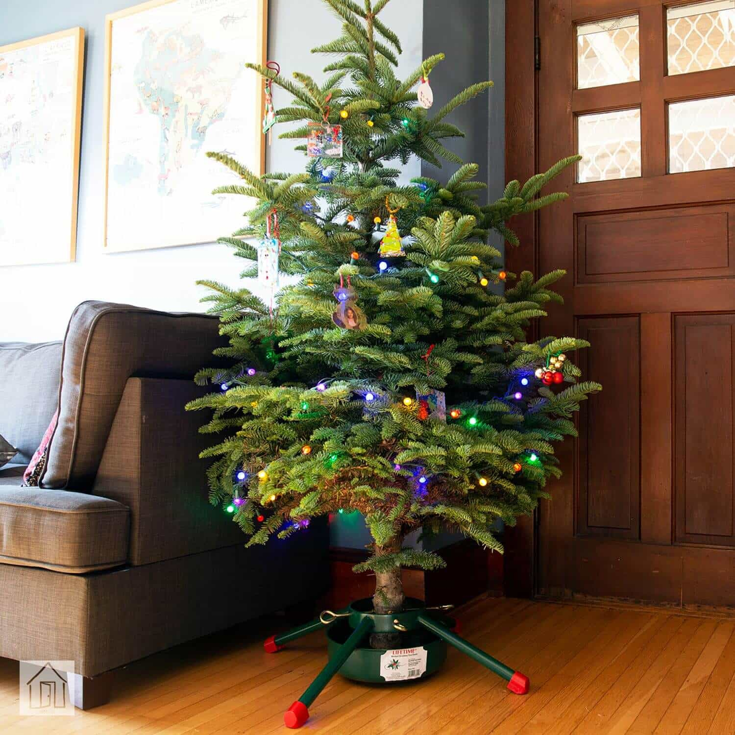 How To Make Your Own Christmas Tree Stand At Home Live Enhanced