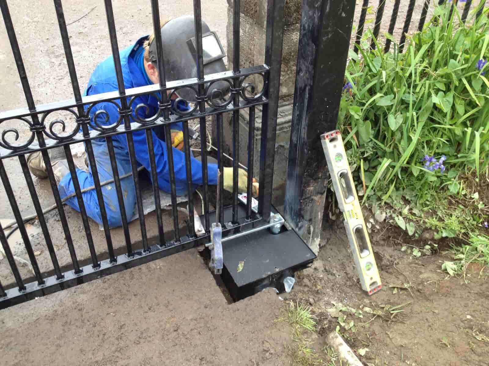 the Best Electric Gate Kits 2