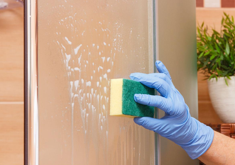 How to Clean Glass Shower Door
