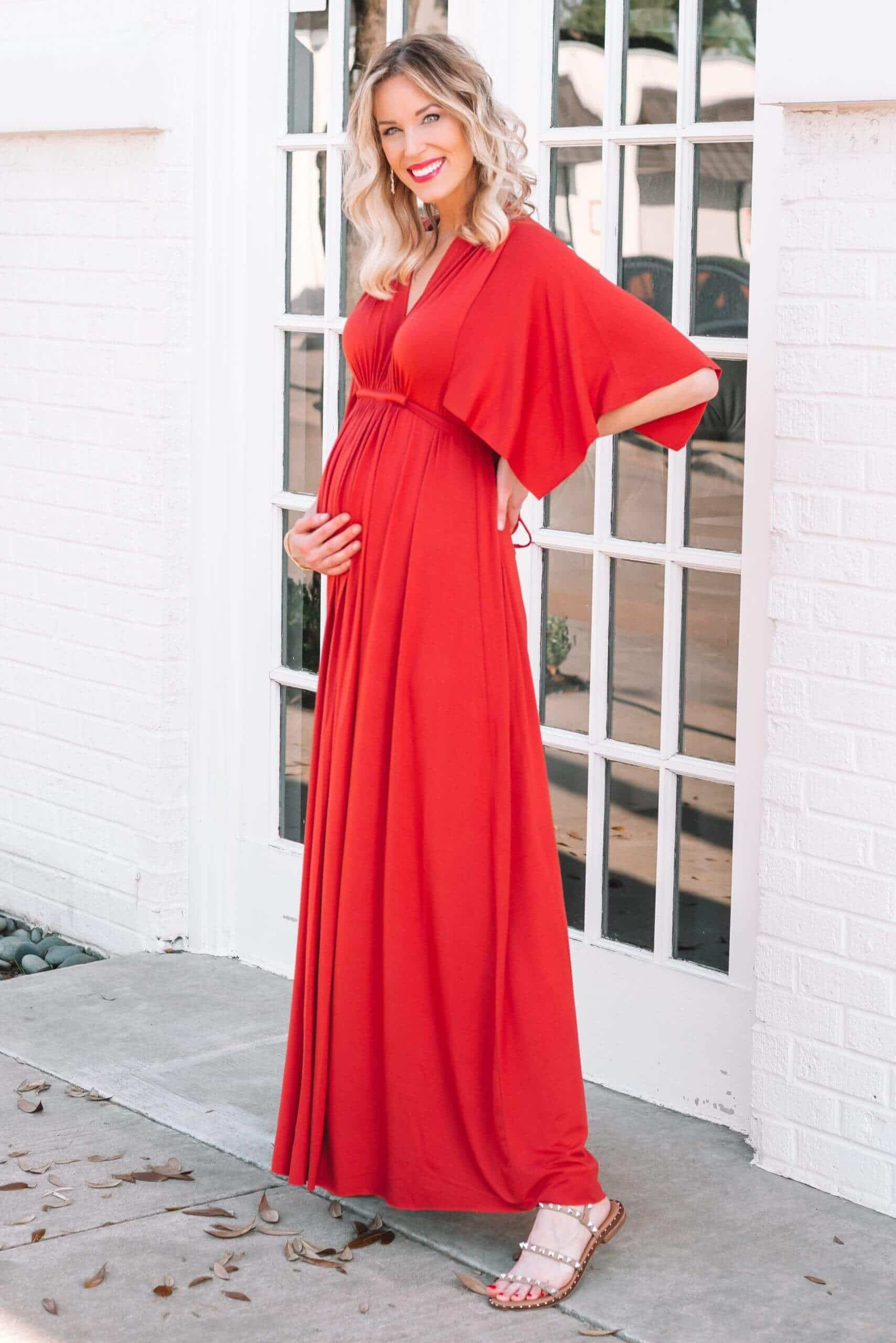 Baby Shower Outfits Ideas for Moms