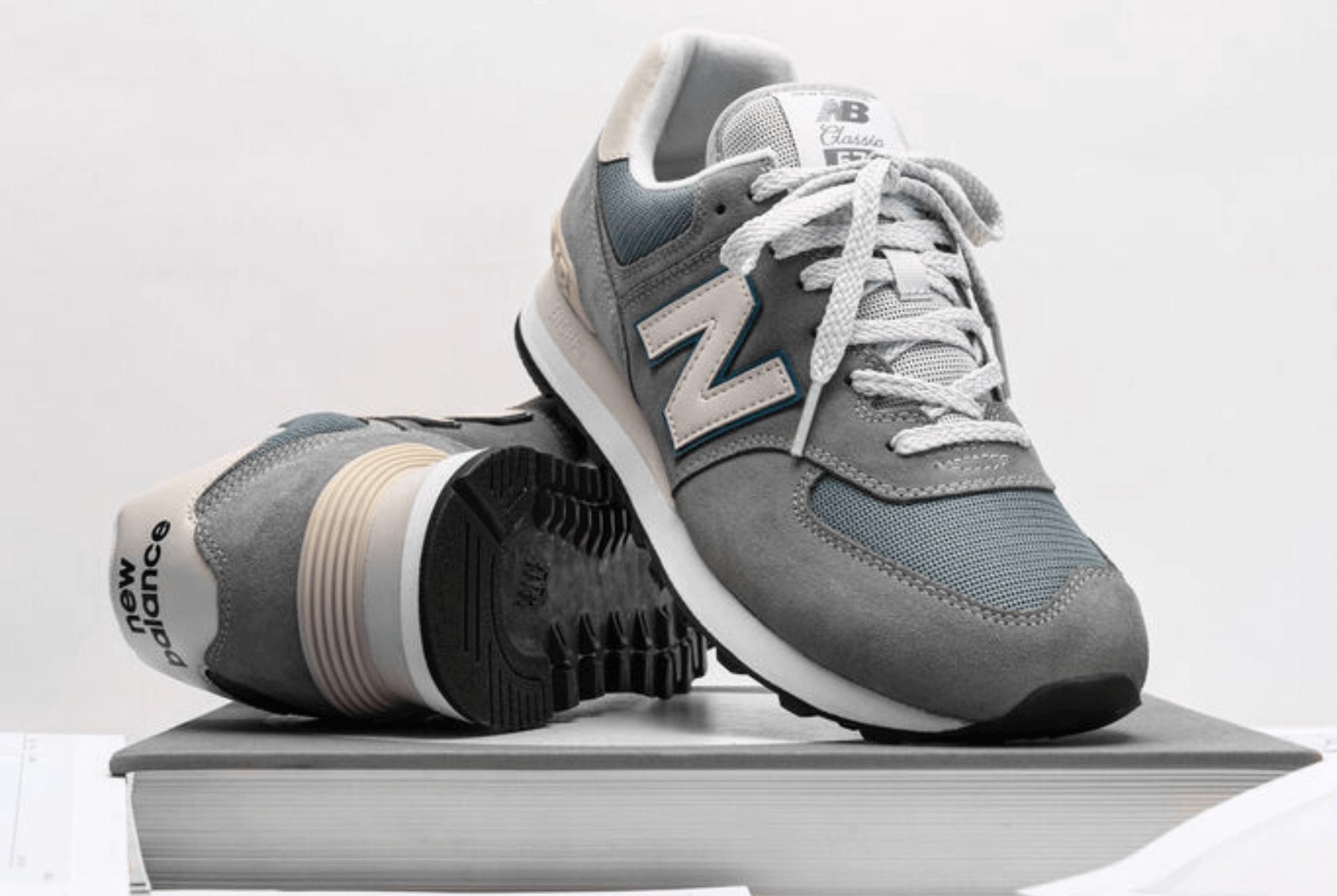 Sneakers_574