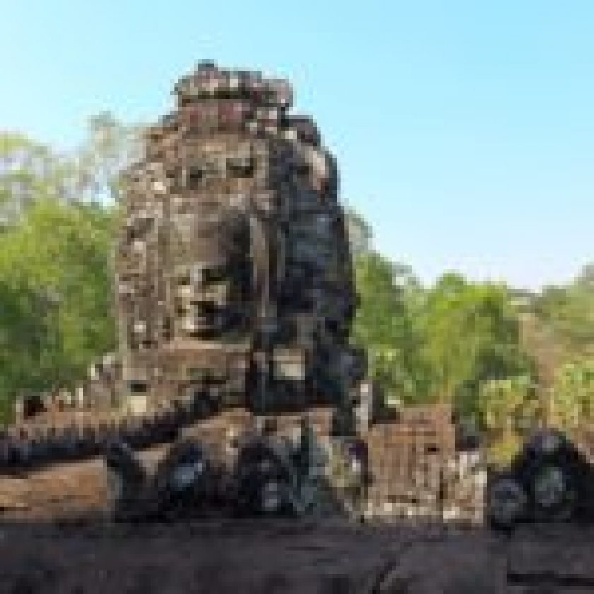 Exploring ruins of the ancient Khmer temple