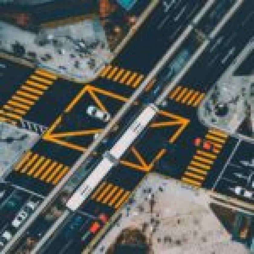 Pedestrian-Crossing-Light-Technology-3