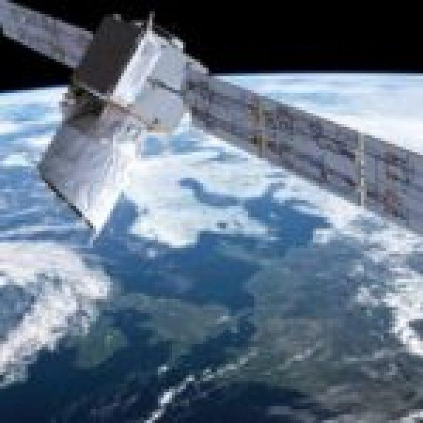 Spacex's Starlink Satellite Set To Provide Worldwide Internet
