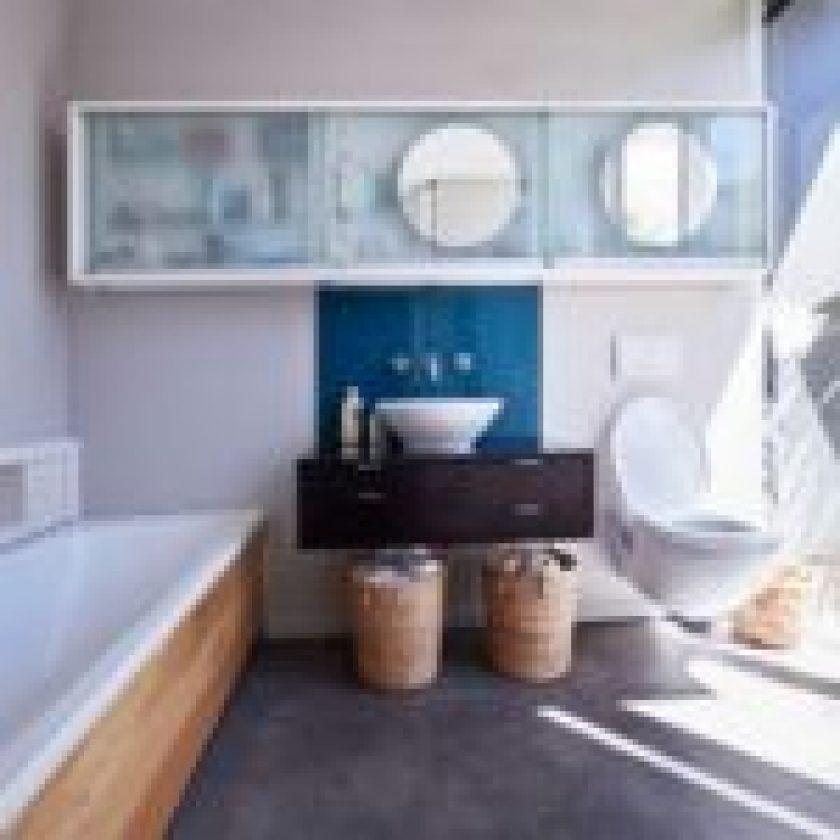 Vanity Bathroom 6