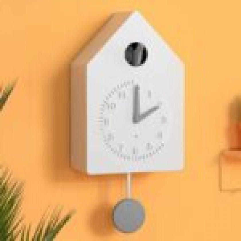 cuckoo clock feature Image 1