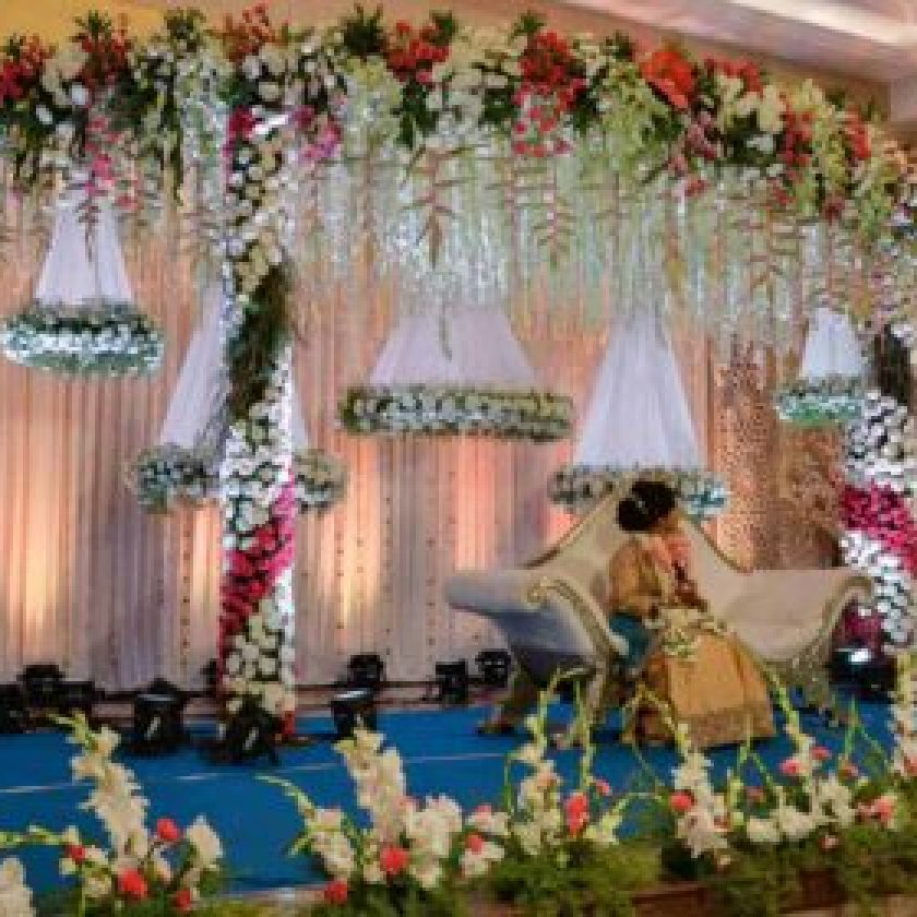 flowers to decorate a wedding